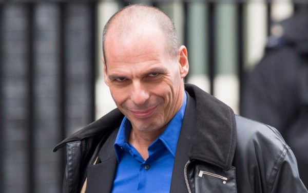 Varoufakis bevestigt staking van betaling bij IMF