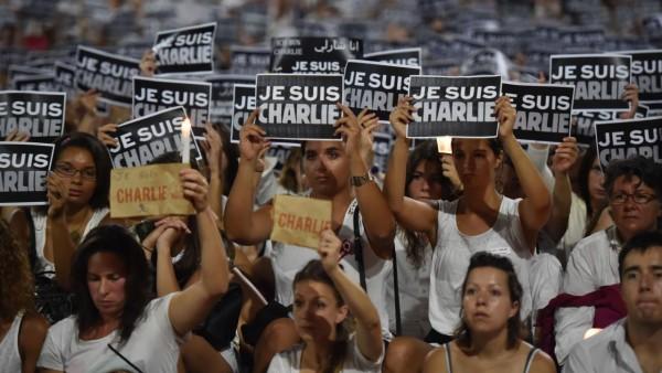 Miljoenen euro's bron van ruzie bij Charlie Hebdo