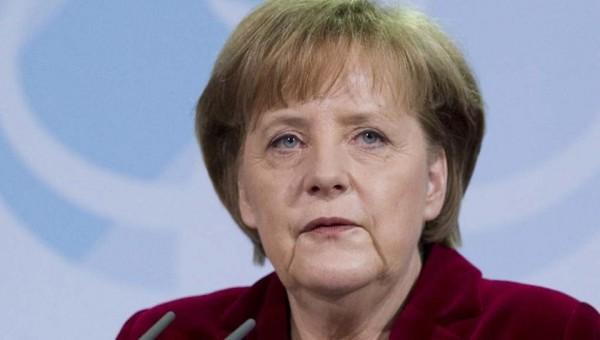 Frau Merkel slaat rechtsaf