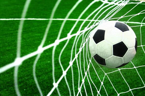 Ajax krijgt teveel met winst op Vitesse
