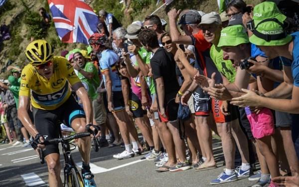 """Lance Armstrong zag sterke Froome: """"Te sterk om zuiver te zijn?"""""""