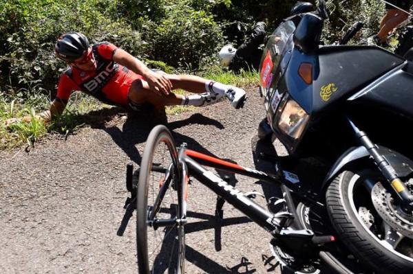 BMC voelt zich bestolen van zege na aanrijding van Avermaet in Clasica San Sebastian