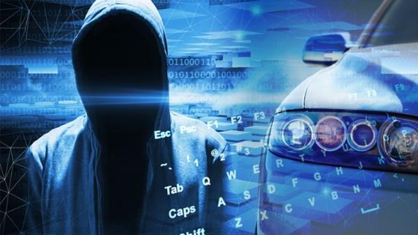 Paniek bij autofabrikanten om hackers software
