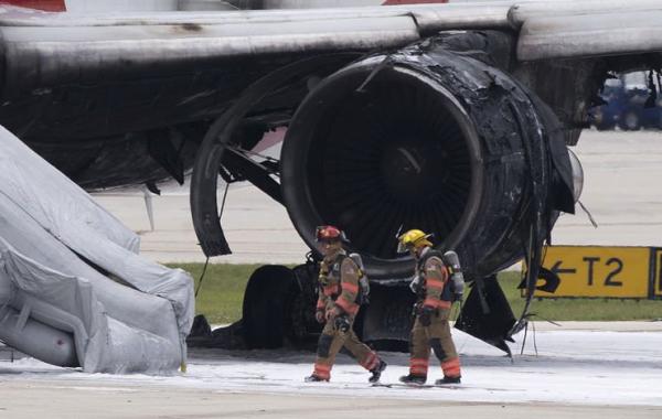 Vliegtuig vat vlam op luchthaven Florida
