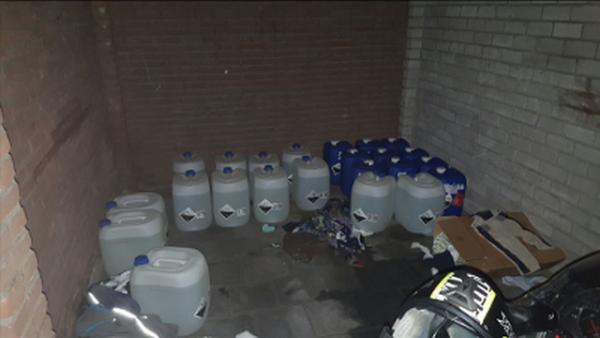 Duizend liter levensgevaarlijke chemicaliën in Tilburgse woonwijk
