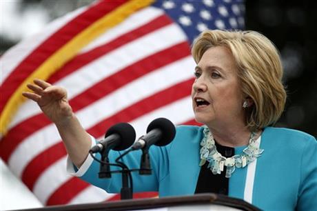 """Hillary Clinton: """"laat mensen die hun ouders verzorgen minder belasting betalen"""""""