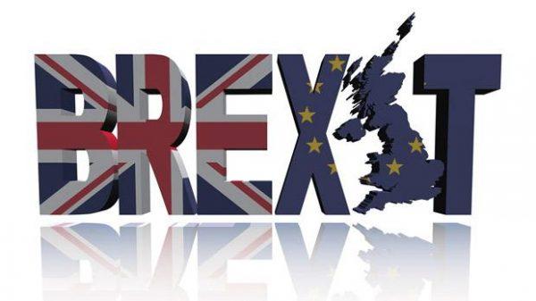 Britten wacht mogelijk duurdere reisverzekering vanwege Brexit