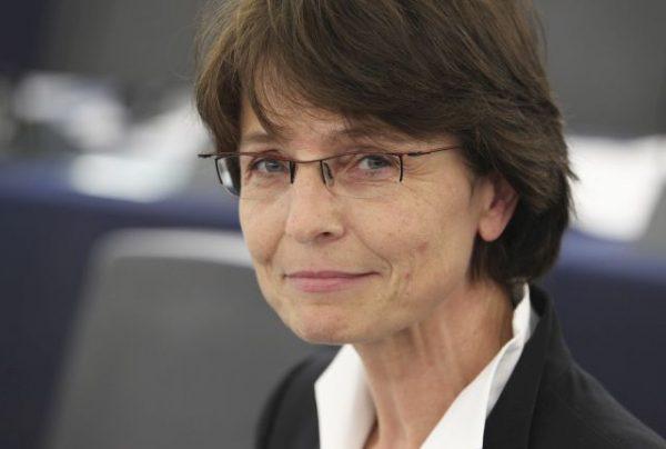 Euro-commissaris Thyssen – geen extra geld Duitsland opvang migranten