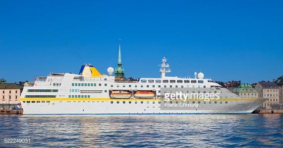 Zweden propt 1800 asielzoekers op een cruiseschip