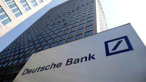 Paniek in Duitsland, Deutsche Bank staat op omvallen.