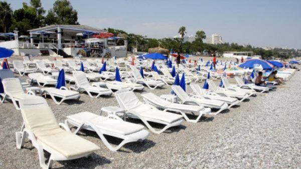 Turkije ziet toeristensector volledig instorten