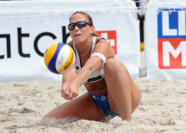 Italiaanse beachvolleybalster gepakt op doping