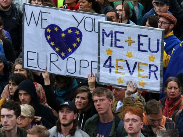 Verenigd Koninkrijk in het teken van anti-brexit betogingen