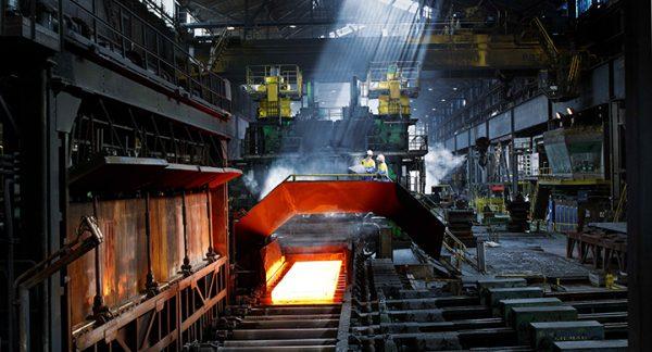 Massa-ontslagen bij Tata Steel IJmuiden